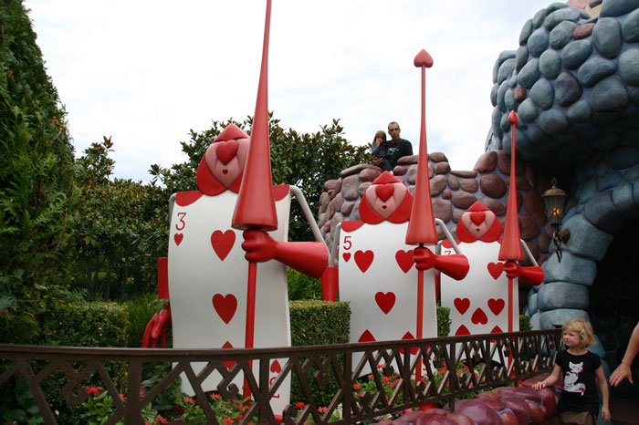 Alice Wonderland3  DisneyLand Park 17 Aug 2011 (Photo by Gil Dekel) (39)