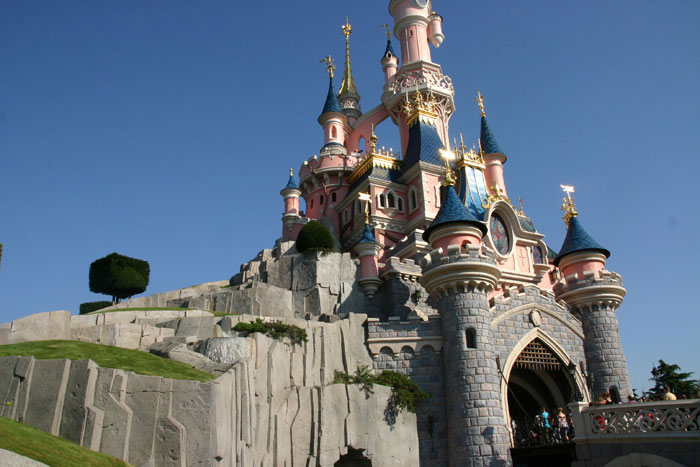 Castle3 DisneyLand Park 18 Aug 2011 (Photo by Gil Dekel) (67)