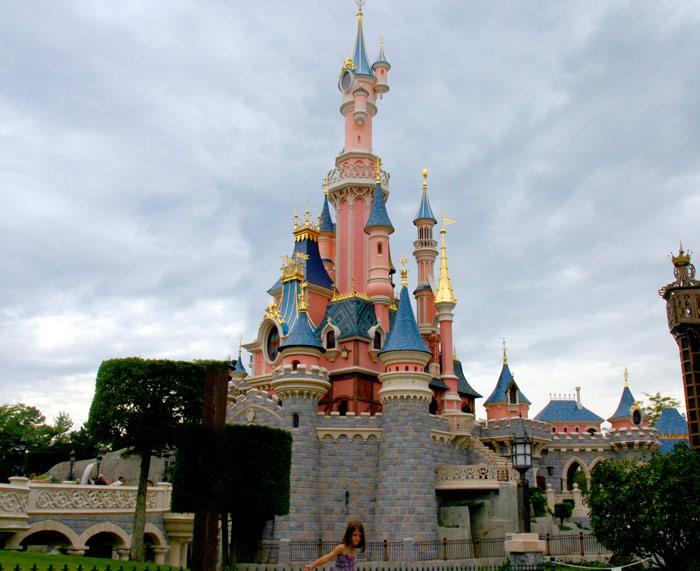 Disneyland Park Paris: a short visual guide