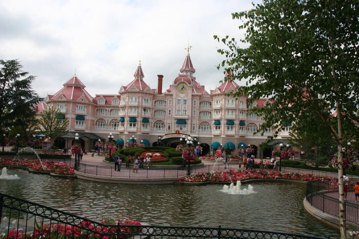 Disneyland Hotel DisneyLand Park 18 Aug 2011 (Photo by Gil Dekel) (83)