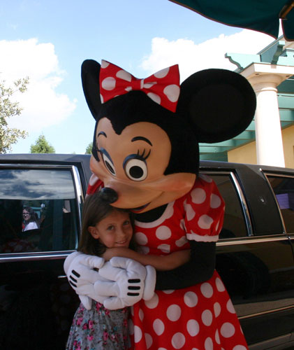 Minnie DisneyLand Park 19 Aug 2011 (Photo by Gil Dekel) (66)