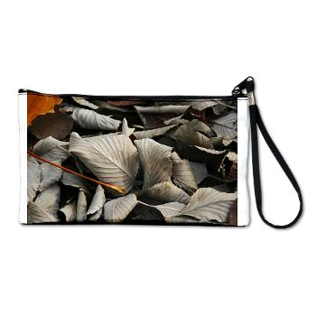 crispy leaves - clutch bag